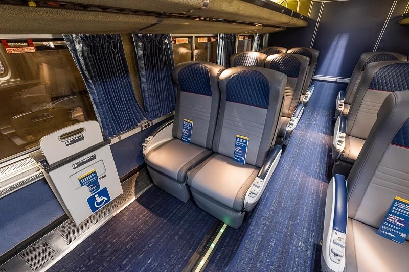 Amtrak-superliner-coach-lower-level
